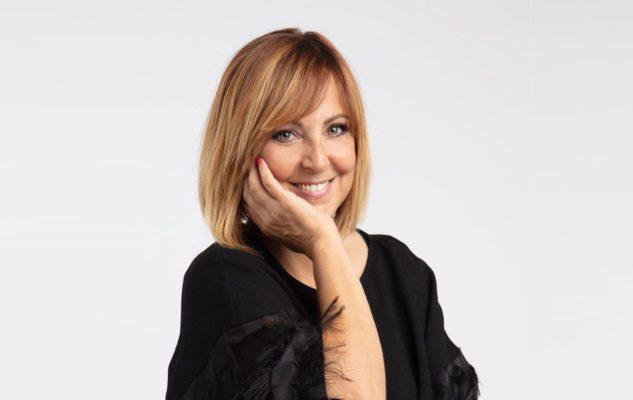 """Debora Villa a Milano nel 2021 con """"Gli uomini vengono da Marte, le donne da Venere"""""""