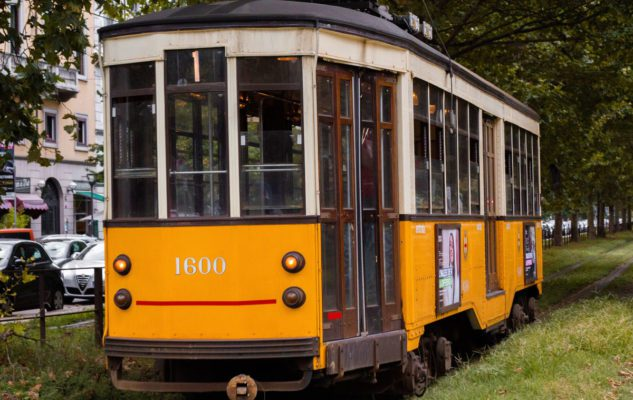 Milano Wine Tram Tour: scoprire la città in tram con degustazione di vini