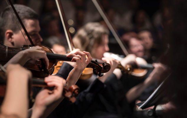 """Il Maestro Riccardo Chailly dirige la """"Lucerne Festival Orchestra"""" alla Scala di Milano"""