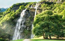 Le Cascate dell'Acqua Fraggia: gioiello naturale incastonato tra le montagne della Lombardia