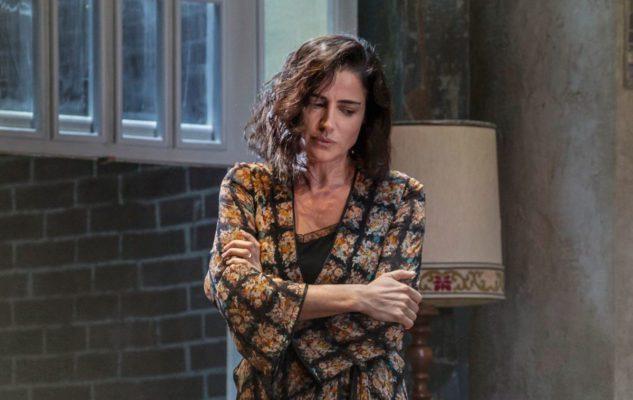 The Deep Blue Sea: Luisa Ranieri in scena a Milano con la regia di Luca Zingaretti