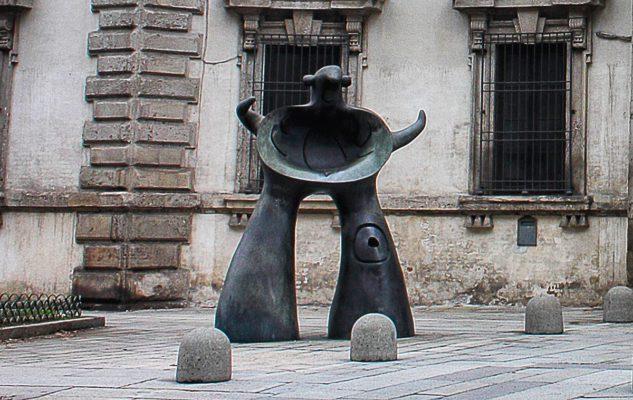 Mère Ubu, la statua di Mirò